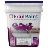 tinta colorida para parede com grafiato
